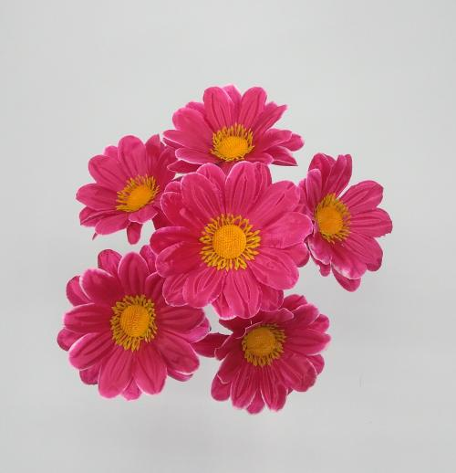 Искуственные цветы romashka-cvetnaya-6-ka 614